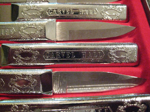 Carvel Hall crab knives