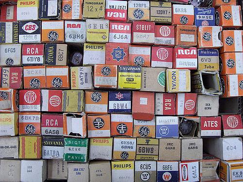Vacuum tube boxes
